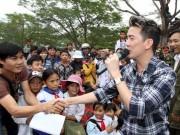 Ca nhạc - MTV - Mr Đàm bức xúc khi bị tố ăn chặn tiền từ thiện