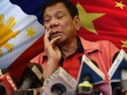 """Duterte  """" khoe """"  TQ rút ngư dân khỏi bãi Scarborough"""