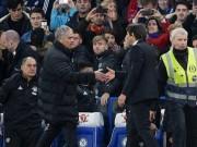 """Bóng đá - Mourinho bảo thủ, MU đang rơi xuống """"địa ngục"""""""