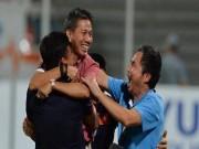 Bóng đá - 'MU nên sa thải Mourinho, mời HLV Hoàng Anh Tuấn về dẫn dắt'