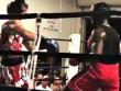 Boxing: Đấm đối thủ 'ngất đứng', đổ như chuối