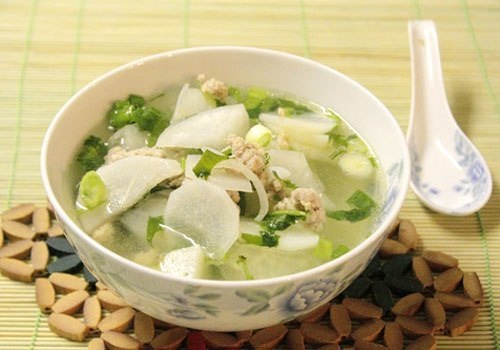 5 thực phẩm kỵ ăn với củ cải trắng vì dễ sinh bệnh - 2