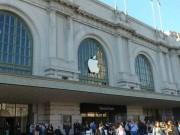 Doanh thu Apple lần đầu sụt giảm sau 14 năm