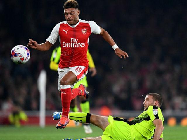 Arsenal – Reading: Sô diễn của 'kép phụ'