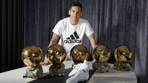 Quả bóng Vàng: Thế giới ủng hộ Messi nhiều hơn Ronaldo