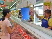 Thị trường - Tiêu dùng - Người Sài Gòn soi thịt heo sạch bằng smartphone từ 10-12