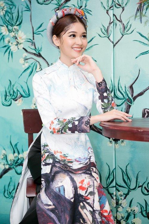 Dàn mỹ nhân Việt 'đẹp quên lối về' với áo dài cách tân - 6