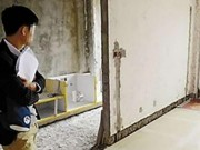 Phi thường - kỳ quặc - Bỏ nửa tỉ sửa nhà, xong mới biết là nhà hàng xóm