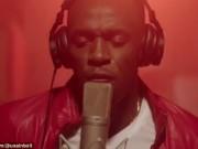 Thể thao - Usain Bolt trổ tài ca hát khiến fan bất ngờ