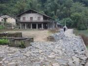 Du lịch - Câu chuyện đá ở làng Khuổi Kỵ