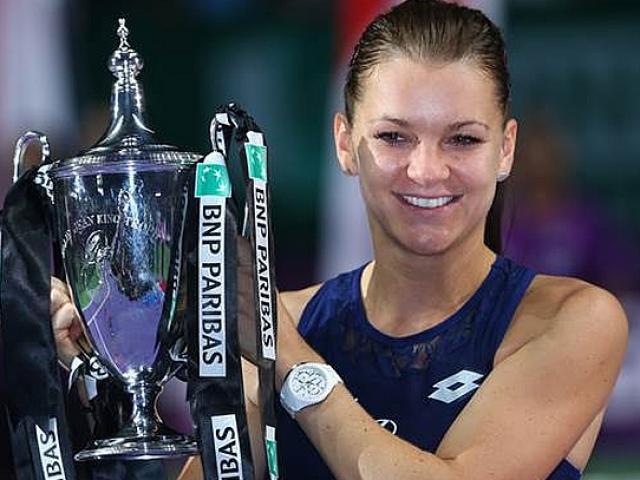 """WTA Finals ngày 6: """"Nữ hoàng"""" & số phận chỉ mành treo chuông"""