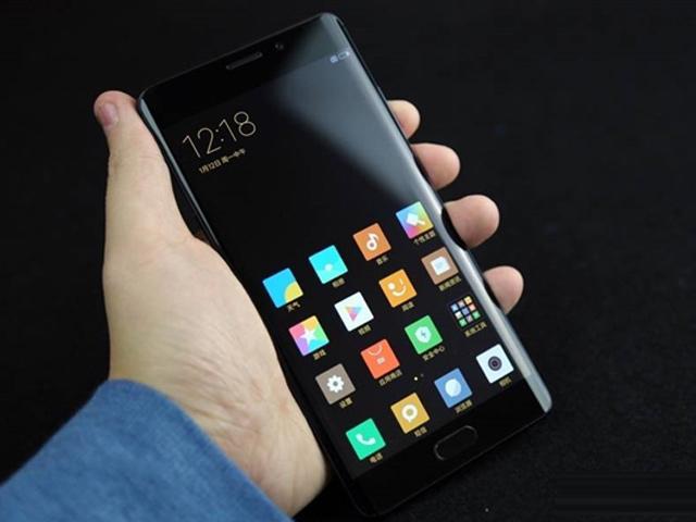 Đập hộp Xiaomi Mi Note 2 màn hình cong, giá rẻ