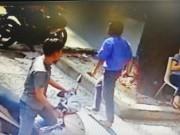 Video An ninh - Clip: Lái xe buýt đâm người đi đường ở Sài Gòn