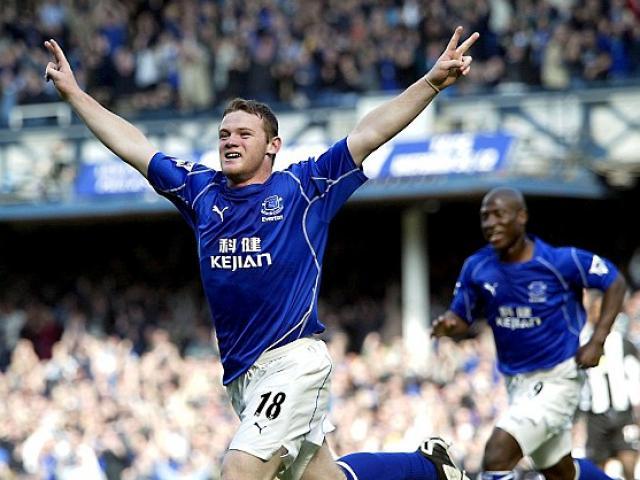 """Bị MU """"vắt chanh bỏ vỏ"""", Rooney có thể quay về Everton"""
