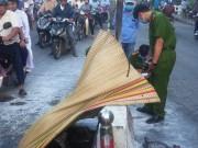 Tin tức trong ngày - Người đàn ông tự thiêu ngoài phố lúc sáng sớm