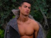 """Bóng đá - Ronaldo khoe ảnh ngực trần, nhận vô số """"gạch đá"""""""
