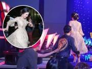 """Ca nhạc - MTV - Đông Nhi và bạn trai để trống ghế nóng khiến The Voice Kids """"náo loạn"""""""