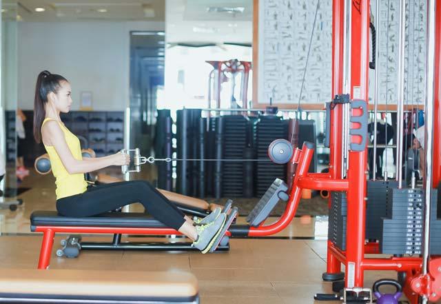 Ngắm chân dài Ngọc Châu gợi cảm tập gym - 6