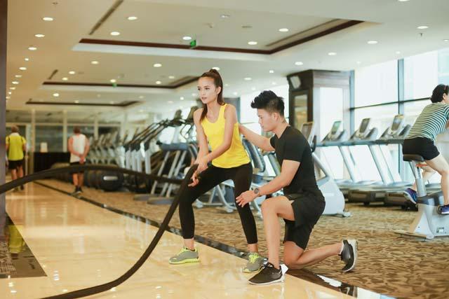 Ngắm chân dài Ngọc Châu gợi cảm tập gym - 13