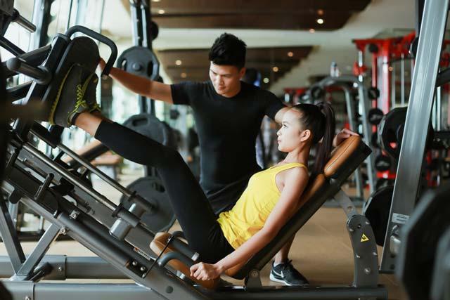 Ngắm chân dài Ngọc Châu gợi cảm tập gym - 10