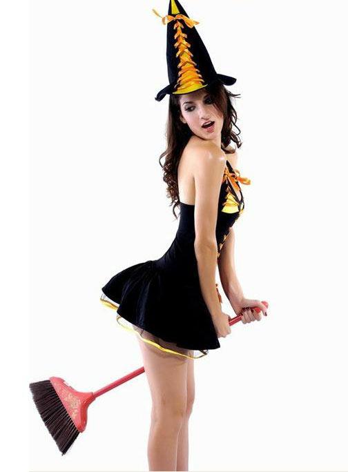 Những cô nàng sexy mặc gì trong đêm Halloween? - 3