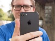 """Dế sắp ra lò - iPhone 7 so tài chụp ảnh """"tự sướng"""" với Google Pixel"""