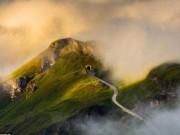 Du lịch - Đắm chìm trong mây gió, cỏ hoa ở cung đường đẹp nhất châu Âu