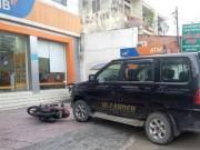 Tin tức trong ngày - Người đàn ông ném lựu đạn cay trong ngân hàng ở SG