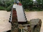 Tin tức trong ngày - Bình Định: Mưa lũ, nhiều khu vực bị chia cắt