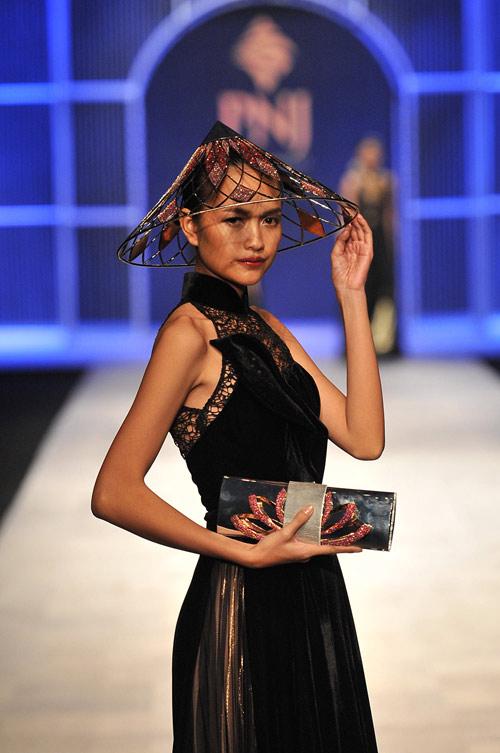 Mãn nhãn với tuyệt tác trang sức tại Vietnam International Fashion Week - 3