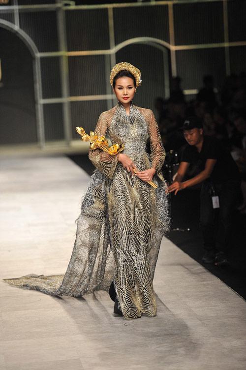 Mãn nhãn với tuyệt tác trang sức tại Vietnam International Fashion Week - 9