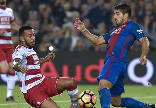 MU hỏi mua Suarez giá kỷ lục, Barca chính thức lên tiếng