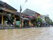 Tin tức trong ngày - Quảng Nam: Nước lũ nhấn chìm nhiều tuyến phố cổ Hội An