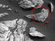 """Phi thường - kỳ quặc - Phát hiện """"xác người phụ nữ"""" nằm dài trên sao Hỏa"""