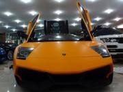 Tin tức ô tô - Siêu xe Lamborghini của Minh Nhựa thay màu sơn mới