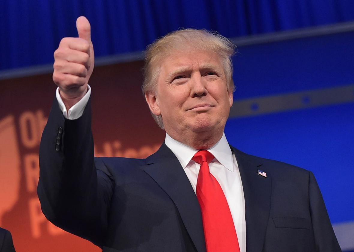 Địa chấn ở Mỹ: Trump thắng cử tổng thống, áp đảo Clinton - 1