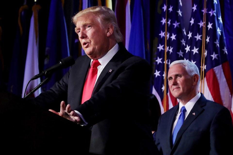 Trước khi vào Nhà Trắng, ông Trump sẽ phải ra hầu tòa