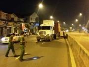 Tin tức trong ngày - Đi đám ma về, nam công nhân bị container cán chết