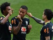 Bóng đá - Tiếp Argentina: SAO Brazil phun nước, đá bóng búng tai