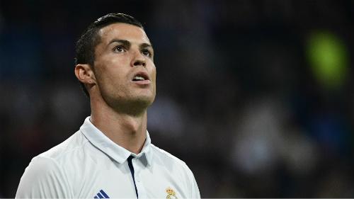 """Ronaldo tự nhận mình là """"duy ngã độc tôn"""""""