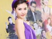 Thời trang - Nữ hoàng sắc đẹp Ngọc Duyên gợi cảm với váy cổ yếm