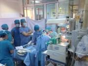 Sức khỏe đời sống - Hy hữu: Cứu sống người phụ nữ bị đâm thấu tim gan, xuyên cổ