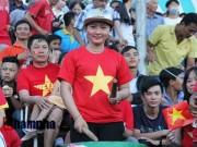 Ảnh bóng đá - người đẹp - Người đẹp miền Tây cháy hết mình cổ vũ ĐT Việt Nam