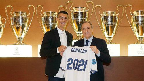 """Ai dám tin Ronaldo vẫn """"kéo cày"""" ở tuổi 41?"""