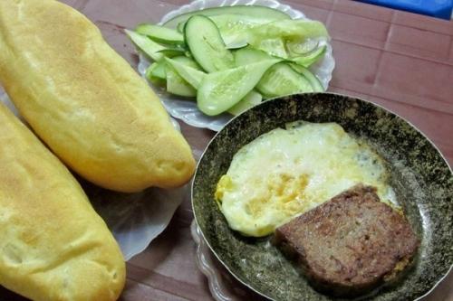Tại sao không nên ăn bánh mỳ trứng ốp la kèm xì dầu? - 2