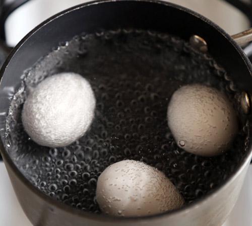 Tại sao không nên ăn bánh mỳ trứng ốp la kèm xì dầu? - 3
