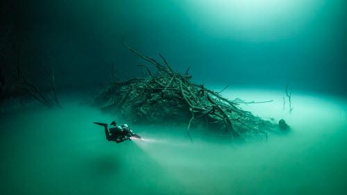 Khám phá hồ nước ngầm bí ẩn ở mexico - 1