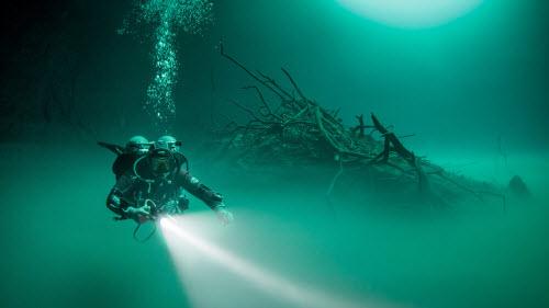 Khám phá hồ nước ngầm bí ẩn ở mexico - 2