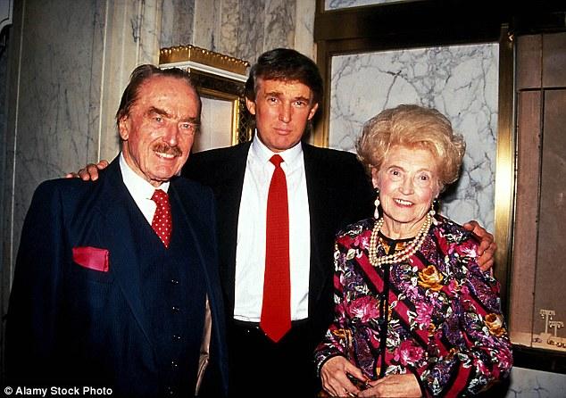 """Thời niên thiếu """"thích dùng nắm đấm"""" của Donald Trump"""