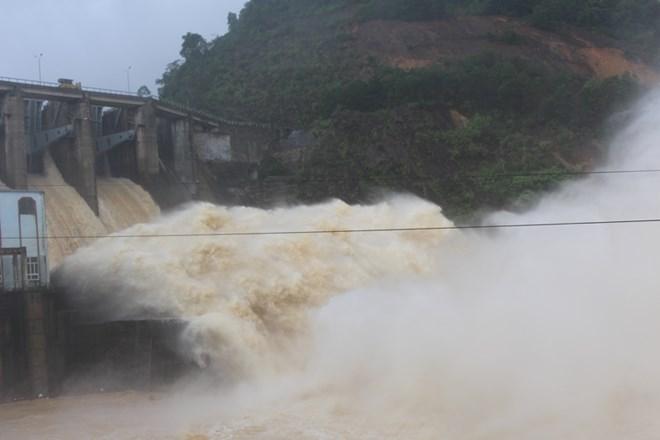 Bộ Công Thương loại 684 dự án thủy điện khỏi quy hoạch - 1